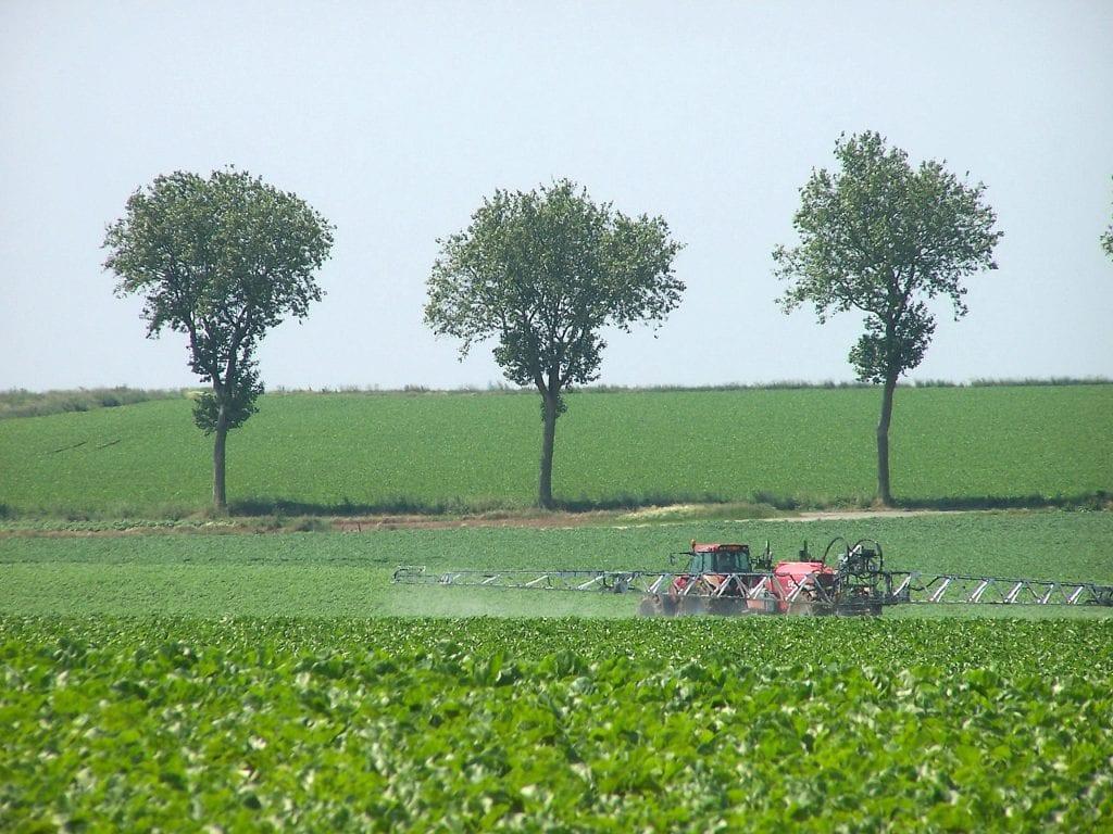 ZNT traitement riverains charte bonne conduite pesticides phytosanitaires
