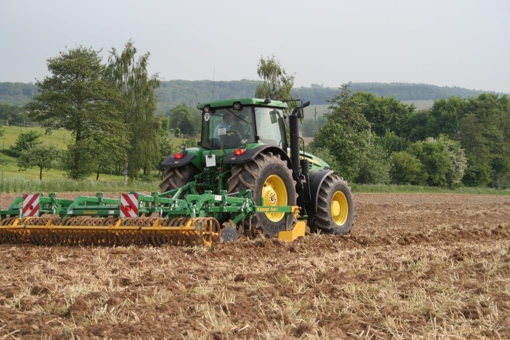 tracteur © M. Portier
