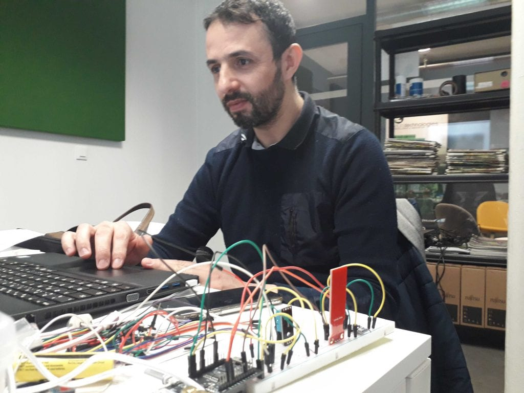 formation agrIOT Popschool techniciens agriculture robots champs programmation électroniqueterres et territoires