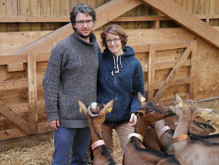 fromages de chèvres fermiers - La Ferme du Petit Quenneval - Terres et Territoires